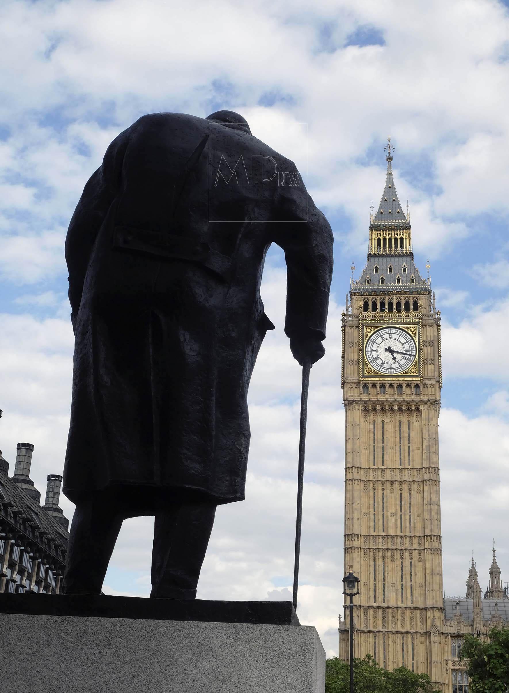 Estatua de Winston Churchil en Londres, Reino Unido