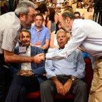 Candido Mendez Secretario General de UGT, saluda a Alfredo Perez Rubalcaba, durante el cierre del Congreso extraordinario del PSOE